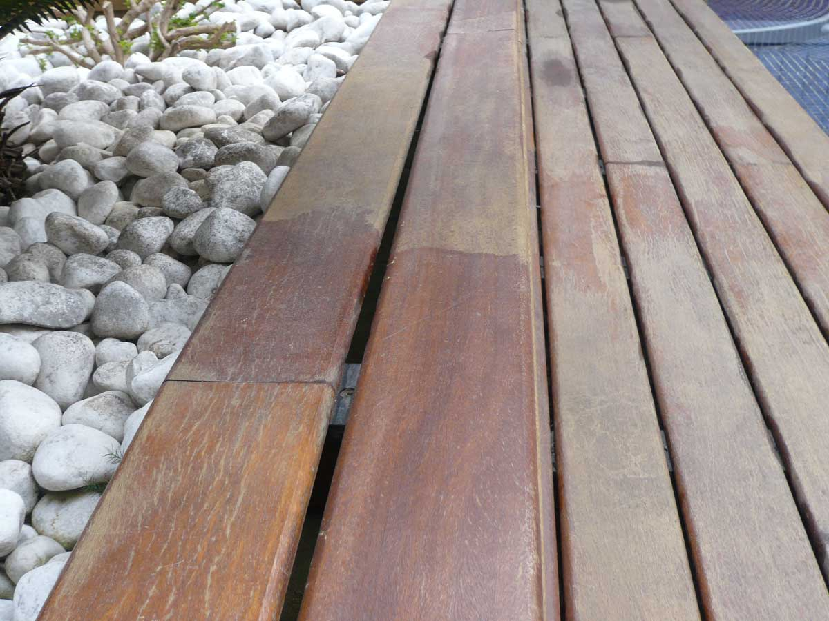 Barnizado madera piscina lynxcolor - Barniz madera exterior ...